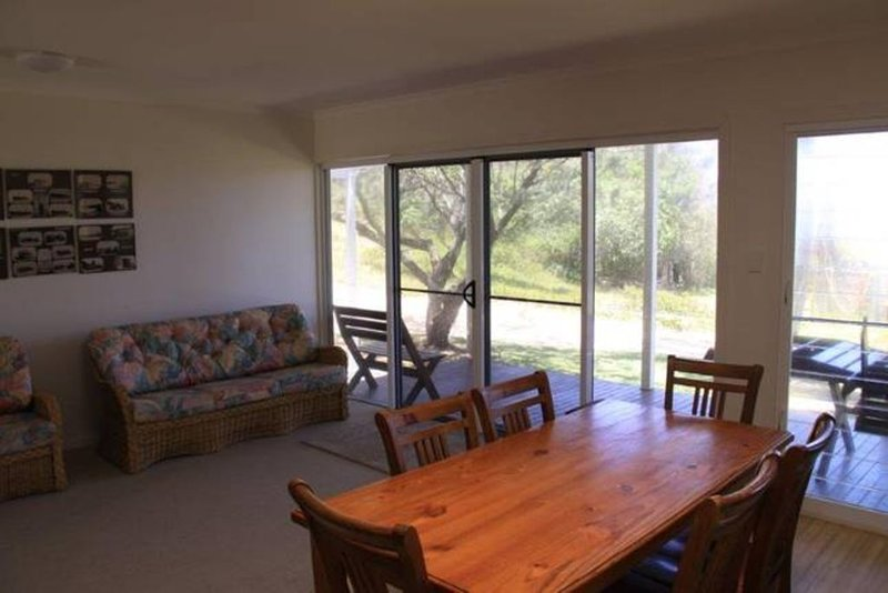 Fraser View Unit 1 on Fraser Island, vacation rental in River Heads