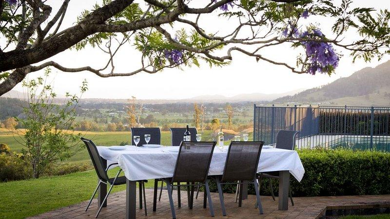 Kia Ora Lookout Retreat, holiday rental in Barrington