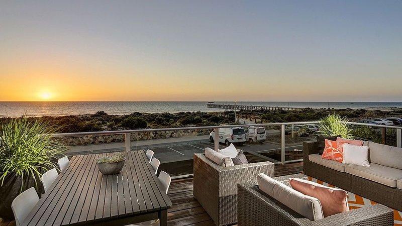 The Beach House * Grange Beach, Adelaide, holiday rental in Grange