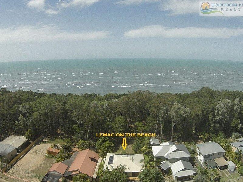 LEMAC - PARADISE ON THE BEACH- Beachfront - 4BR- Wifi – semesterbostad i Fraser Coast