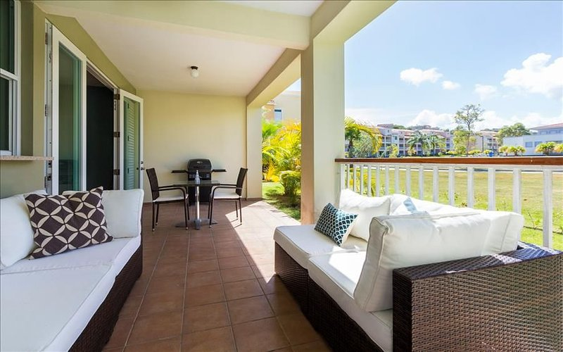 The Sun Seeker | Terrace | BBQ | Pool, vacation rental in Yabucoa