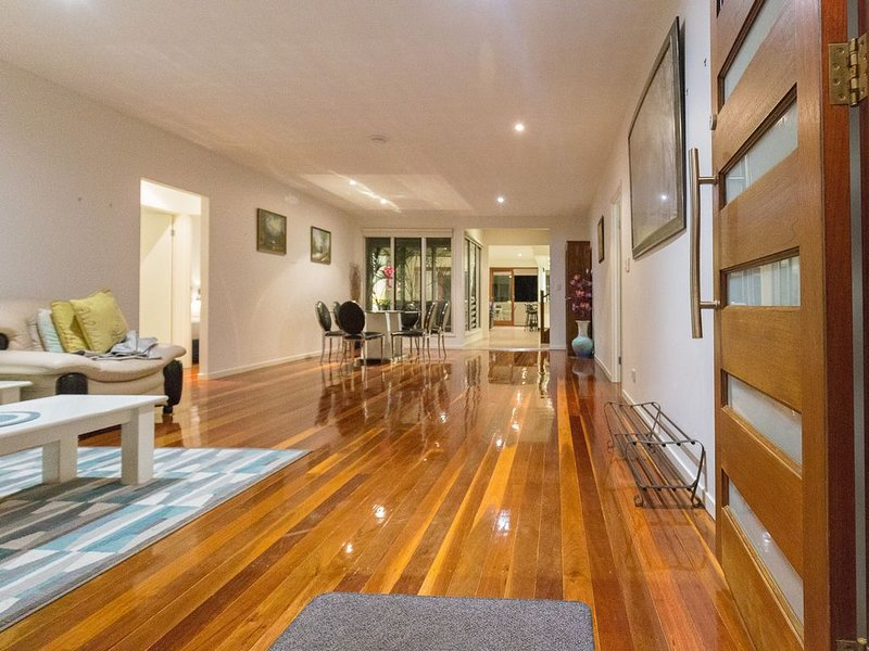 Gorgeous House in Heart of Surfers Paradise, alquiler vacacional en Main Beach