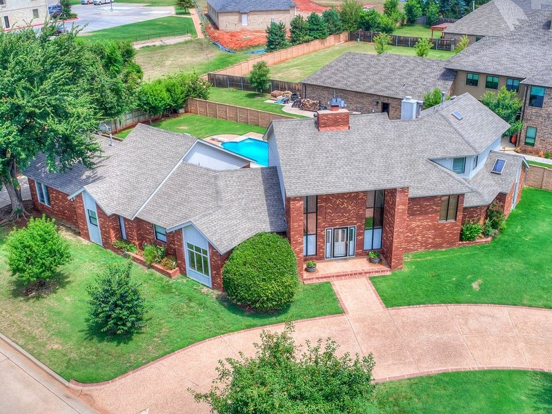 Country Club Comfortable, vacation rental in Nichols Hills