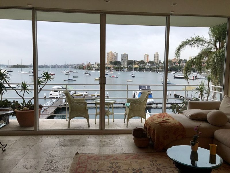 Absolute Harbourside Apartment, holiday rental in Double Bay