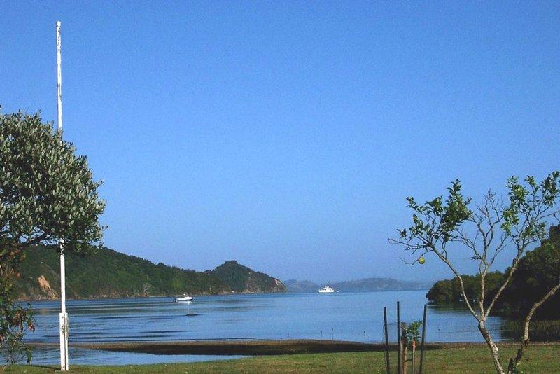 Clendon Cove foreshore