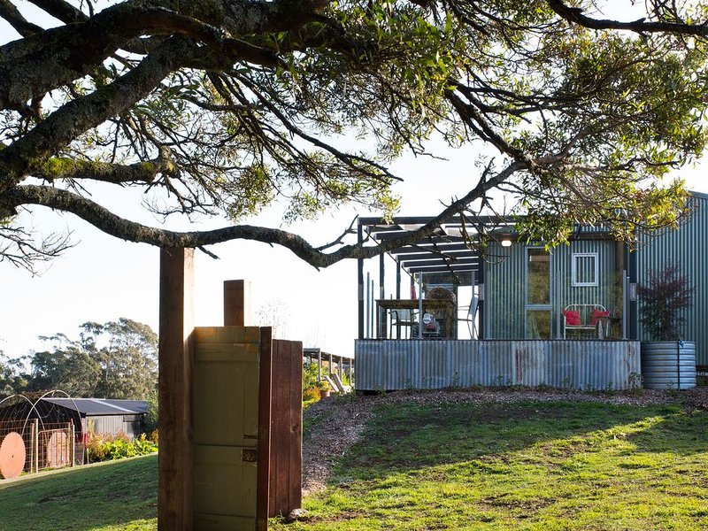 Beautiful setting with fire, holiday rental in Trentham