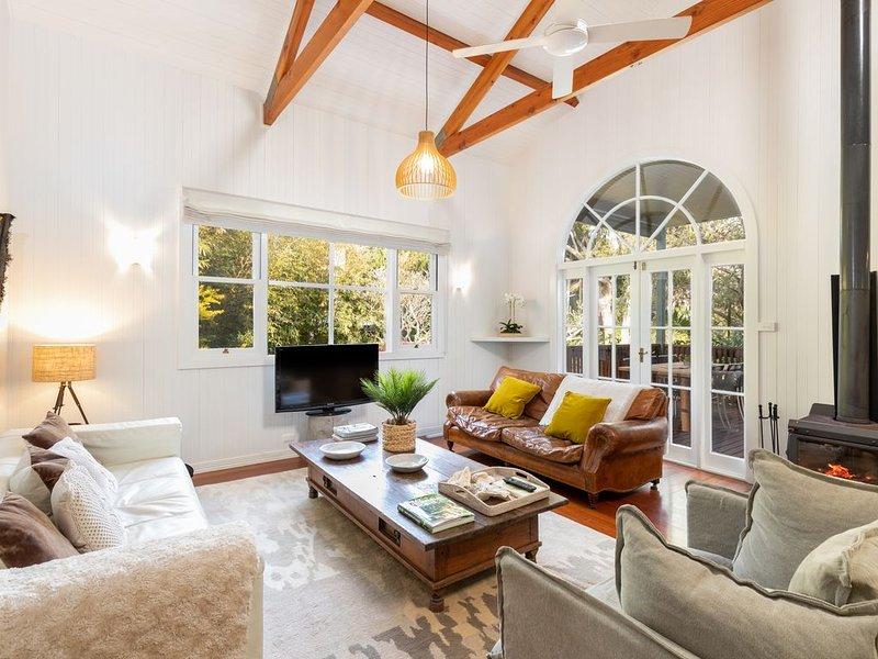 Luxurious Jetty House, Coffs Harbour – privacy & tranquility, location de vacances à Sawtell