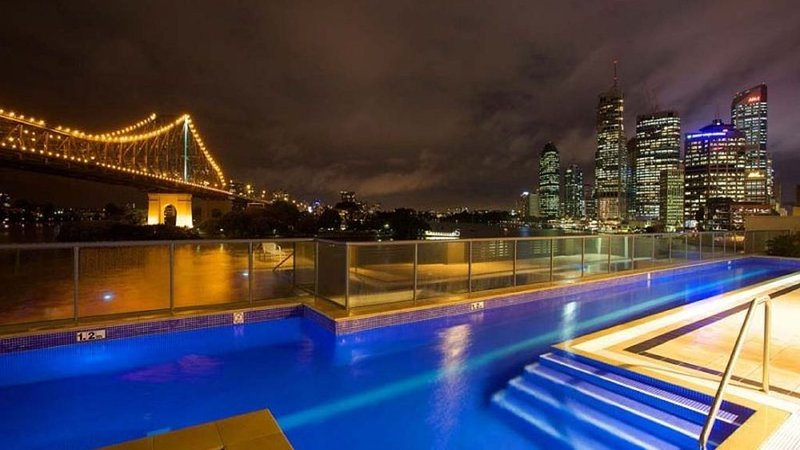 Breathtaking Brisbane River, Howard Smith, Story Bridge CBD Views, 2bd, sleeps 6 – semesterbostad i Gympie Region