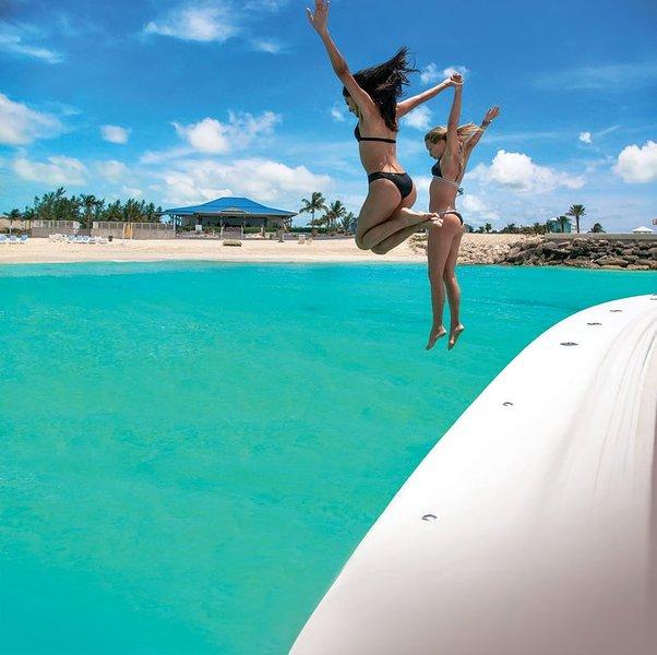 BOAT SLIP Great Location 50ft Dock Slip Mega Yacht Marina Resorts World Bimini, holiday rental in Bailey Town