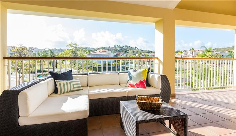 Villa Ensenada | Rooftop | Penthouse, vacation rental in Yabucoa
