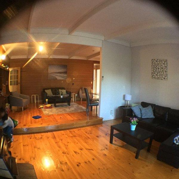 4 Bedrooms, Child and Pet Friendly, location de vacances à Fernbank