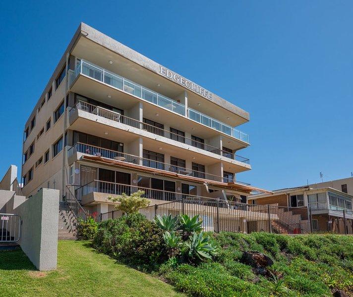 Edgecliffe Unit 4, 4 Esplanade Kings Beach, vacation rental in Kings Beach
