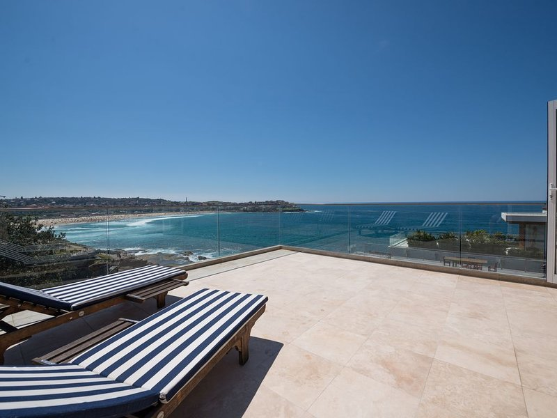 Bondi Beach Penthouse, holiday rental in Greater Sydney