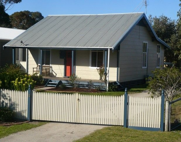 Station Master's - linen service and pets welcome, holiday rental in Venus Bay