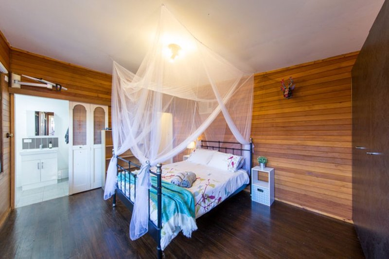 The Hunting Lodge - cute cabin 4km from city, casa vacanza a Mitcham