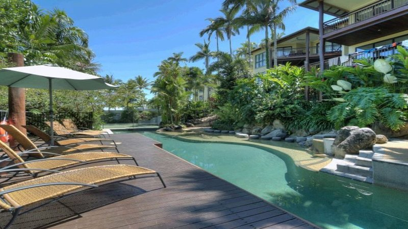 6 The Point Apartments Port Douglas, vacation rental in Newell Beach