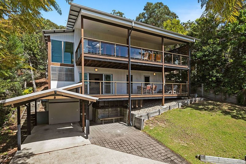 112 Tramican Street - Point Lookout, QLD, alquiler de vacaciones en Amity