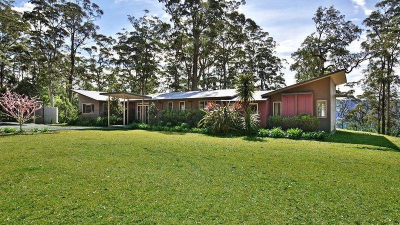Cherrywood - A Modern Australian Bush Home, alquiler vacacional en Bellawongarah