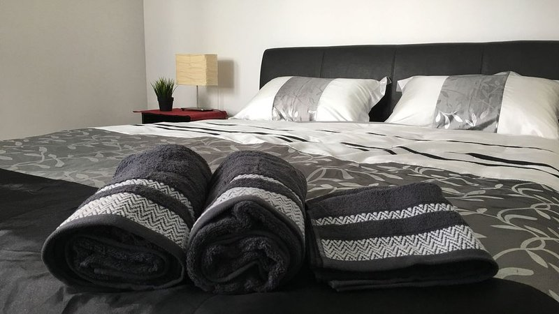 In Vogue and Chic Unit in Fremantle, holiday rental in East Fremantle