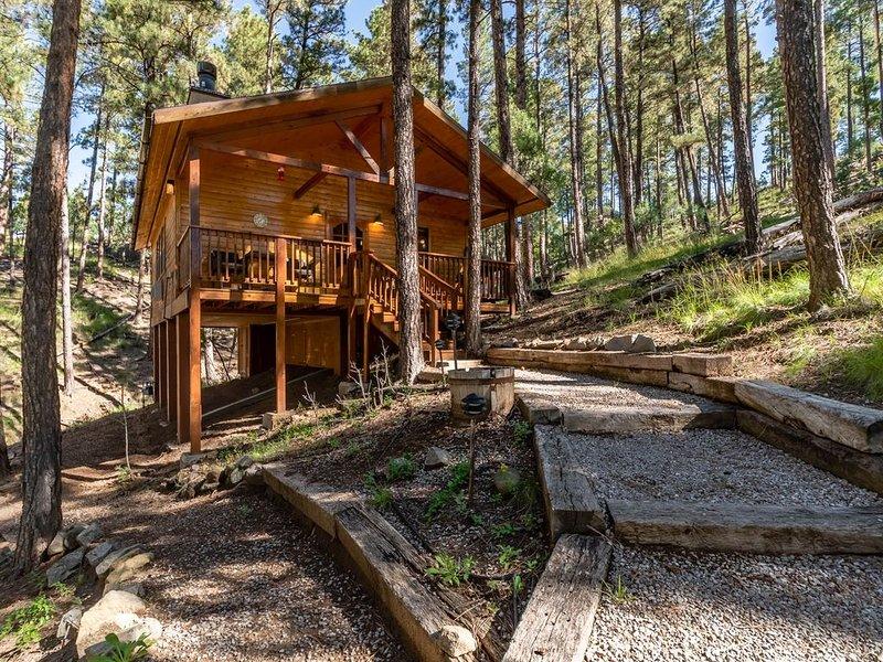 'Hidden Retreat', Indoor Jacuzzi, Beautiful Quiet Mountain Paradise for 2!, alquiler de vacaciones en Ruidoso