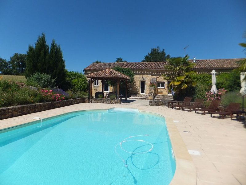 Lovingly Restored Barn in Medieval south west France, holiday rental in Gaugeac