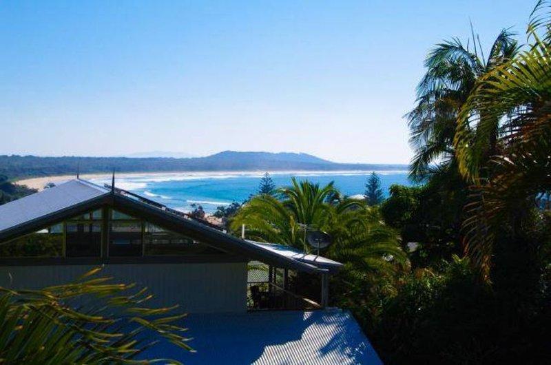 Beach Views. Private Gardens. Sleeps 8. Best Value. Favourite of guests., aluguéis de temporada em Crescent Head