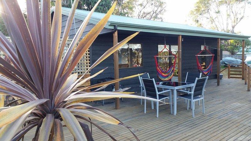 Bed on Bruny Seaside Accommodation, aluguéis de temporada em Eggs and Bacon Bay