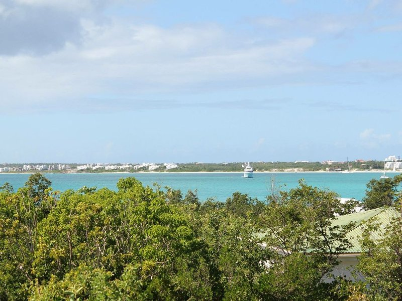 Greengard Villa Anguilla - Gorgeous views of ocean and sunset, alquiler de vacaciones en South Hill