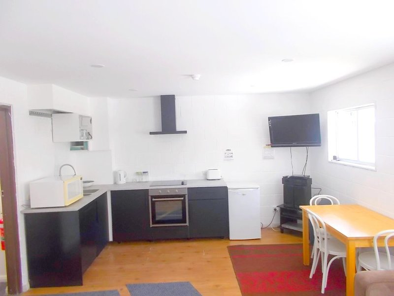 Functional, well maintained budget 1bedroom flat located in the heart of Thredbo, casa vacanza a Kosciuszko National Park