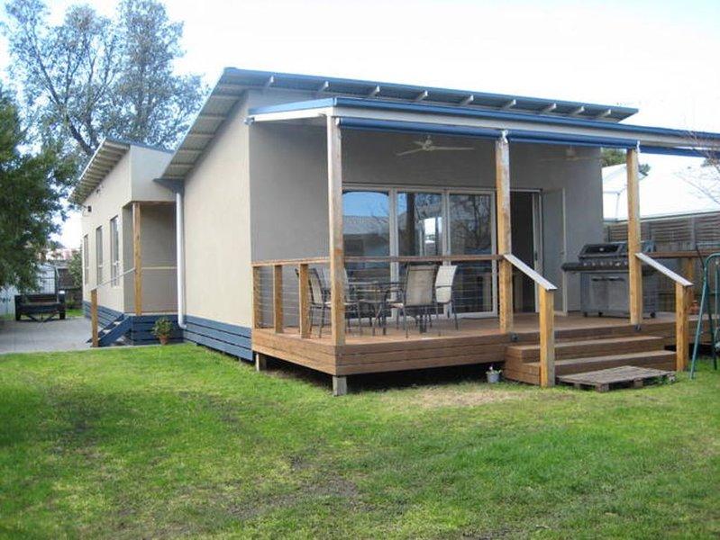 Barwon Bliss Beach House, holiday rental in Barwon Heads