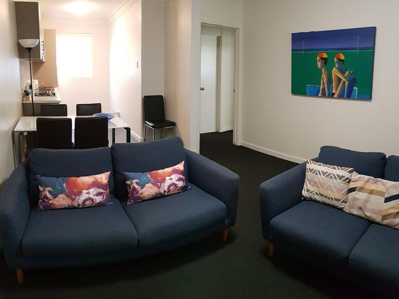 Mt Lawley 2 BR Affordable Luxury Minutes to CBD 6, location de vacances à Maylands