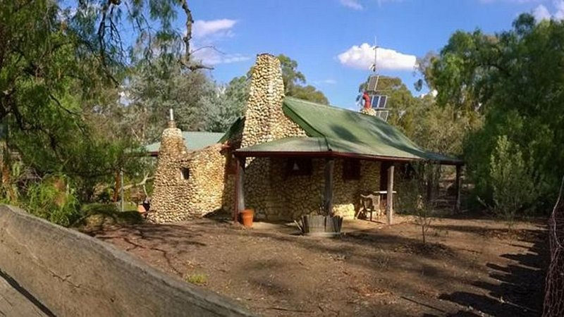 The Pebble House-Tarnagulla, holiday rental in Dunolly