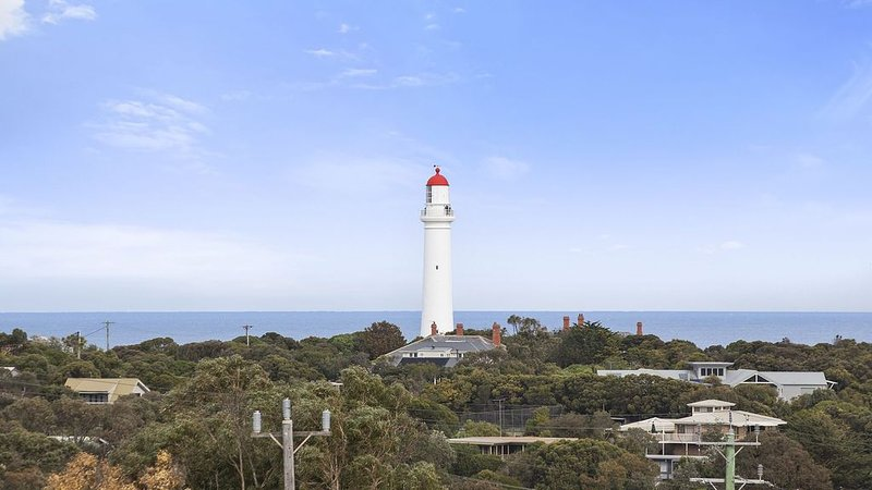 Aireys Delight, by the beach, holiday rental in Moggs Creek