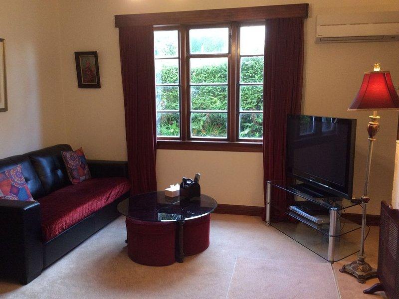 Sunny Inner City Accommodation  - Roslyn,  Dunedin, aluguéis de temporada em Dunedin