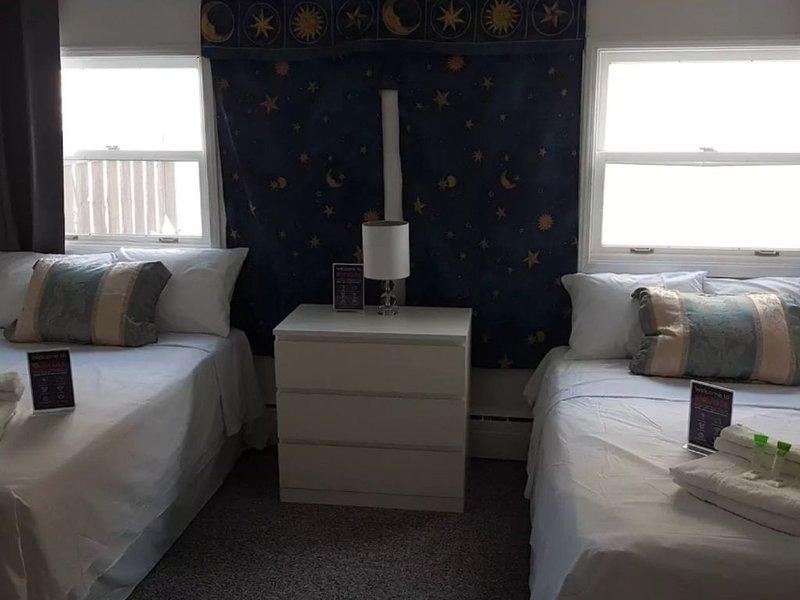 Crestview Guest House - Crestview Guest House - 2 Double Beds B10, location de vacances à Chapleau