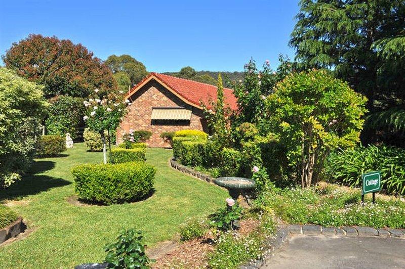 Langbrook Estate Cottage, holiday rental in Gembrook