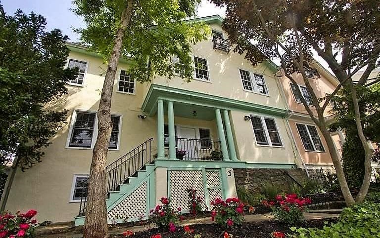Enjoy all the best Annapolis has to offer in this historic home that Overlooks U, vacation rental in Cape Saint Claire