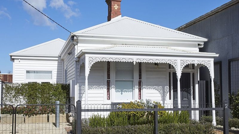 Luxury Accommodation at Number Two, holiday rental in Macedon Ranges