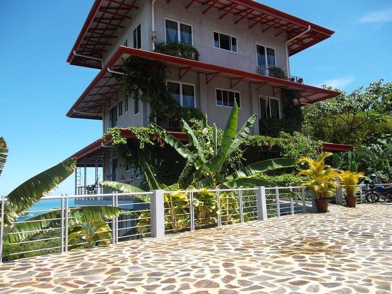 Hight-View on National-Park and Manuel-Antonio Bay, location de vacances à Parc national Manuel Antonio