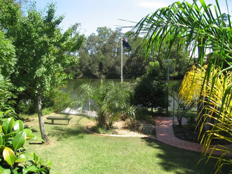 Tydes - Take time out relaxing by the river, holiday rental in Ourimbah