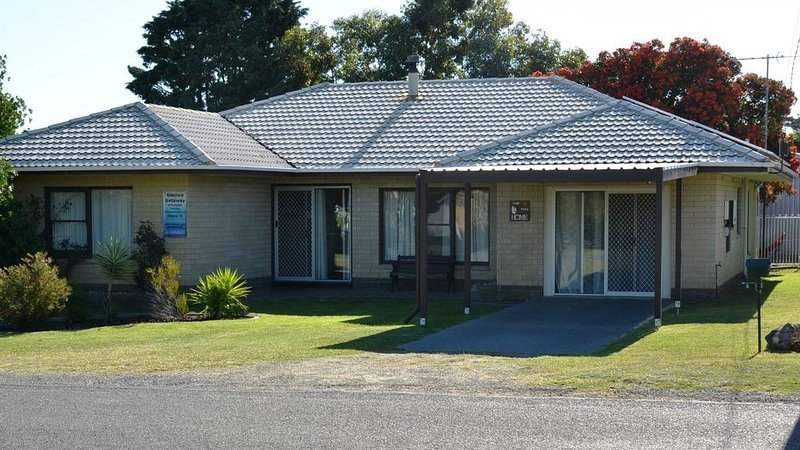 Goolwa Getaway - for families and friends, holiday rental in Goolwa