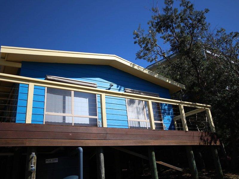 Satellite 18 - First estate of Venus Bay #50, holiday rental in Walkerville
