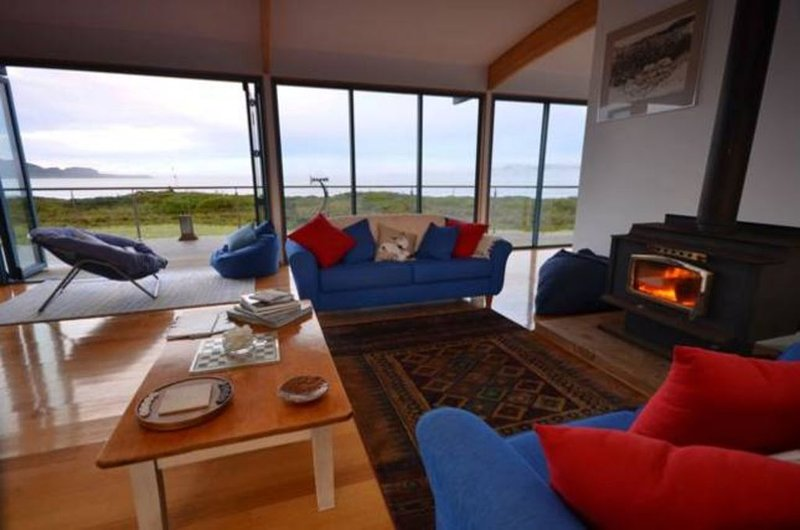 Mures Cloudy Bay Retreat, holiday rental in Dover