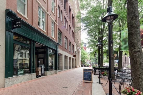 Old Met #306 | Renovated historic apartment overlooking Downtown Mall  Old Met #, vacation rental in Charlottesville