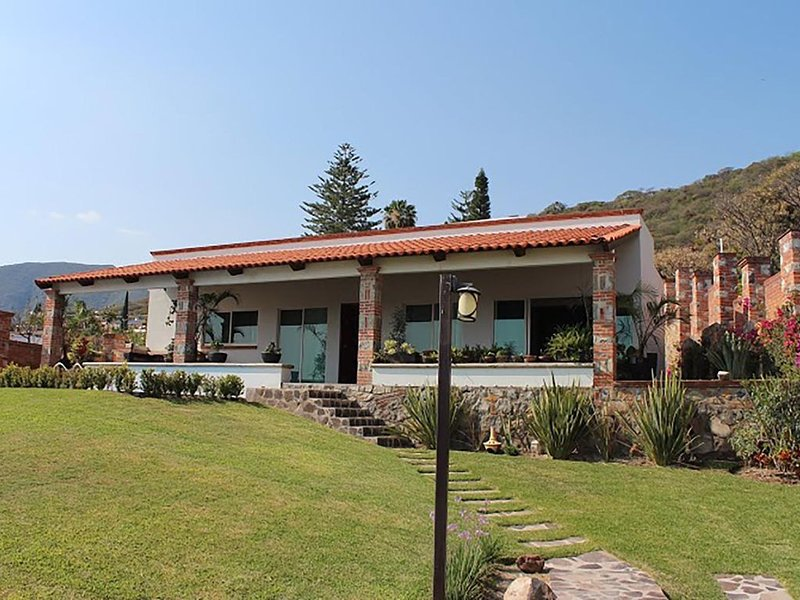 Chapala Lake view house, private pool in Golf Club, holiday rental in Chapala
