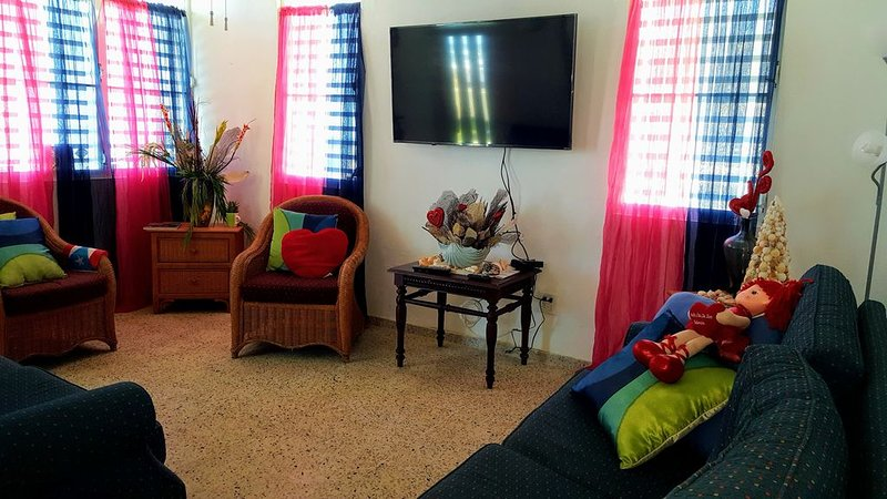 Family friendly ocean front guest house suitable for children.  No pets allowed., holiday rental in Hatillo