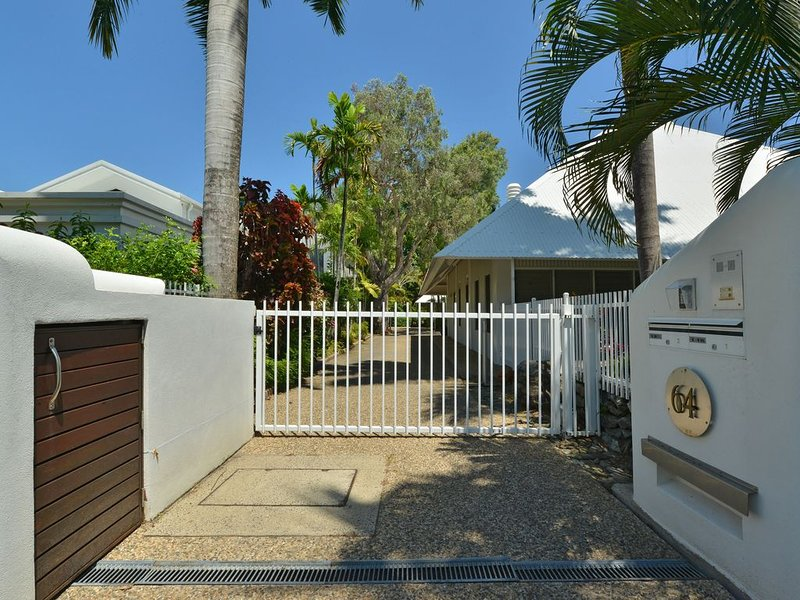 Serenity Port Douglas: Ultimate Beachfront Luxury, vacation rental in Port Douglas