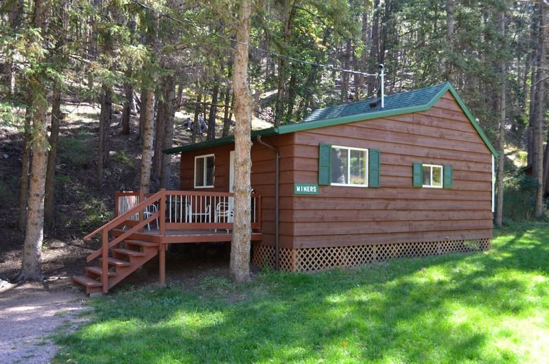 A beautiful one bedroom cabin minutes from Rushmore, holiday rental in Rockerville