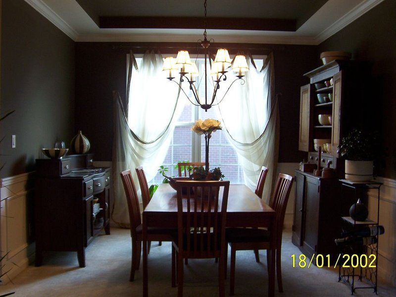 Charming house on Golf Course, holiday rental in Henryville