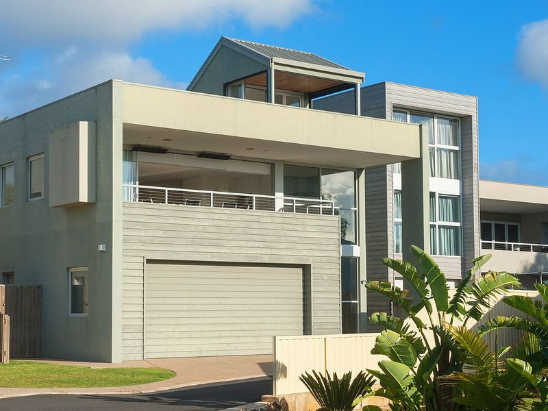 ALLURE - Luxury by the Ocean, vacation rental in Busselton